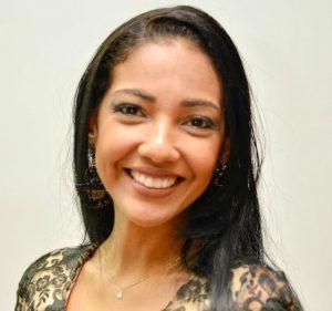 Nádia Alinne Fernandes Corrêa (CRN-7/1188)