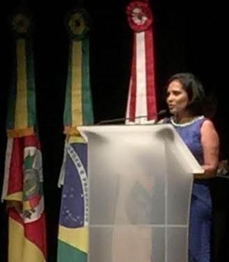 Ex-conselheira é agraciada com prêmio no Congresso Nacional de Nutrição