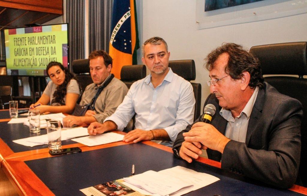 """""""Esse não é um debate só dos agricultores e do campo"""", alertou parlamentar. (Foto: Leandro Molina/Divulgação)"""