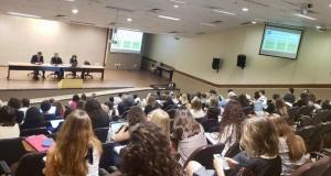 Mais de 100 representantes dos diversos setores que acompanham o tema participaram da reunião. Foto: Luiza Torquato